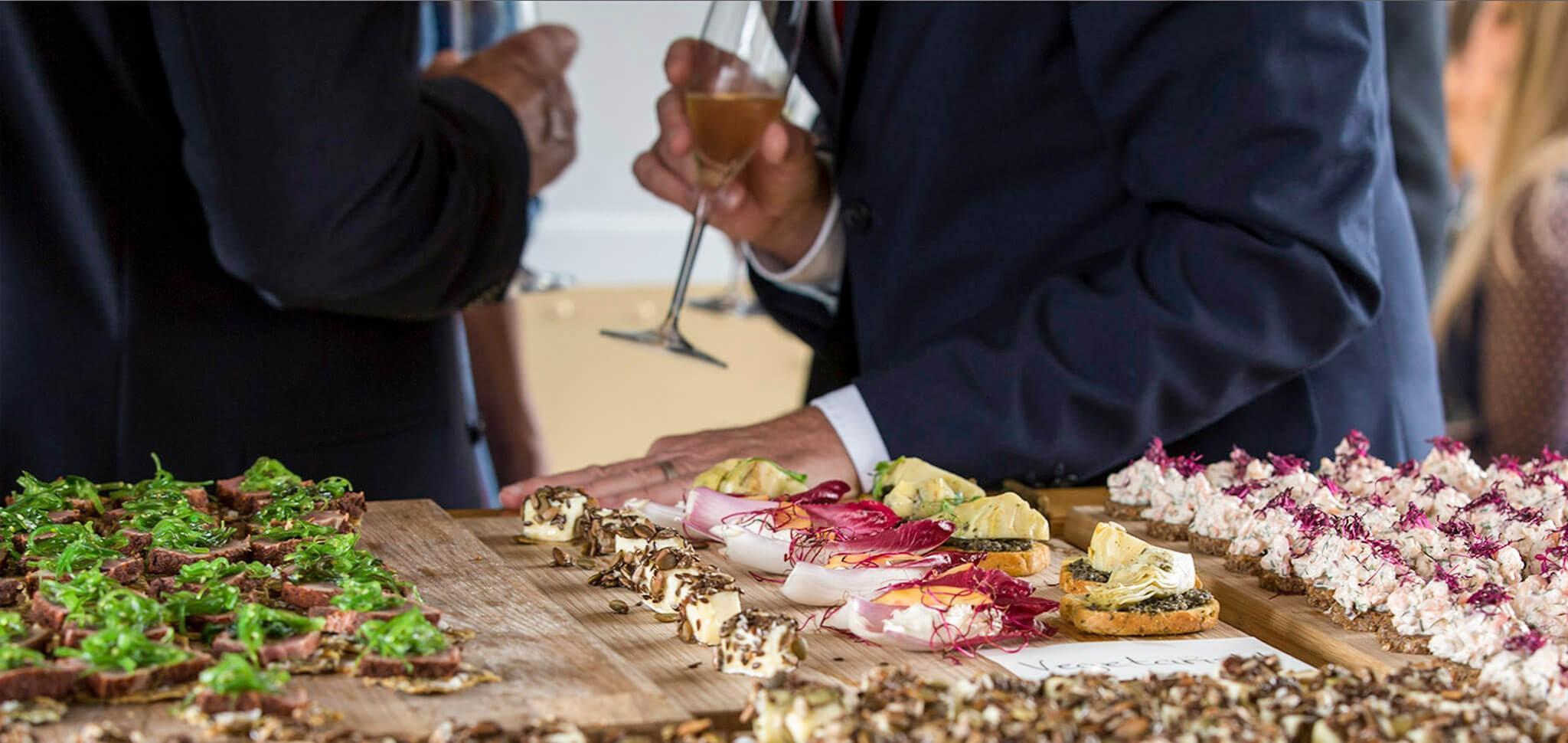 bröllopslokal-stockholm-header-på-buffe